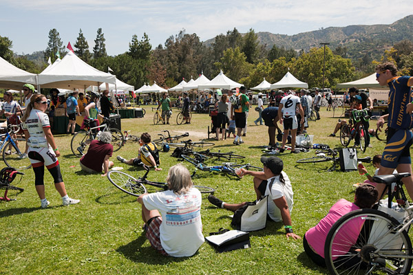 Cyclists recuperate at Griffith Park