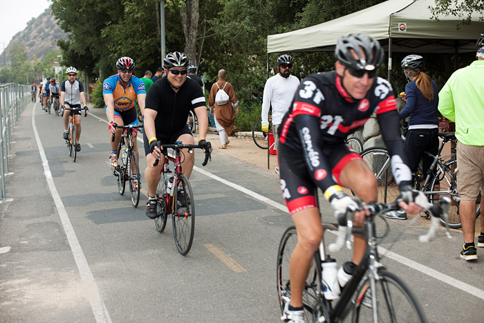 Riders pedal past the Elysian Valley pit stop.