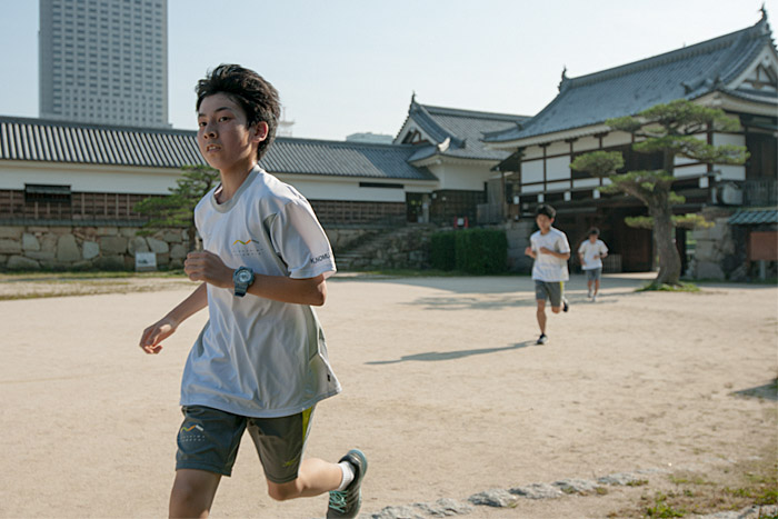 Runners at Hiroshima Castle